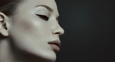 عملية تجميل الاذن البارزة