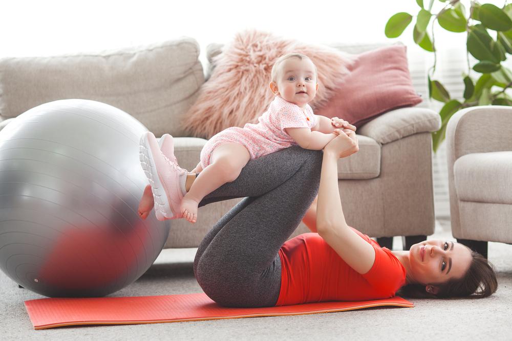 طرق لاستعادة معدتك بعد الولادة