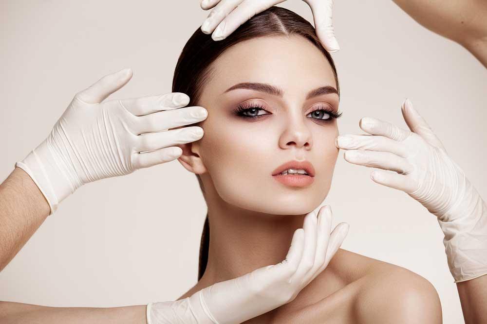 فوائد الجراحة التجميلية
